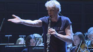 آهنگساز سوئدی در جستجوی مرز میان موسیقی و سکوت