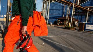 retour au travail des métallurgistes dans l'État de l'Illinois (USA)