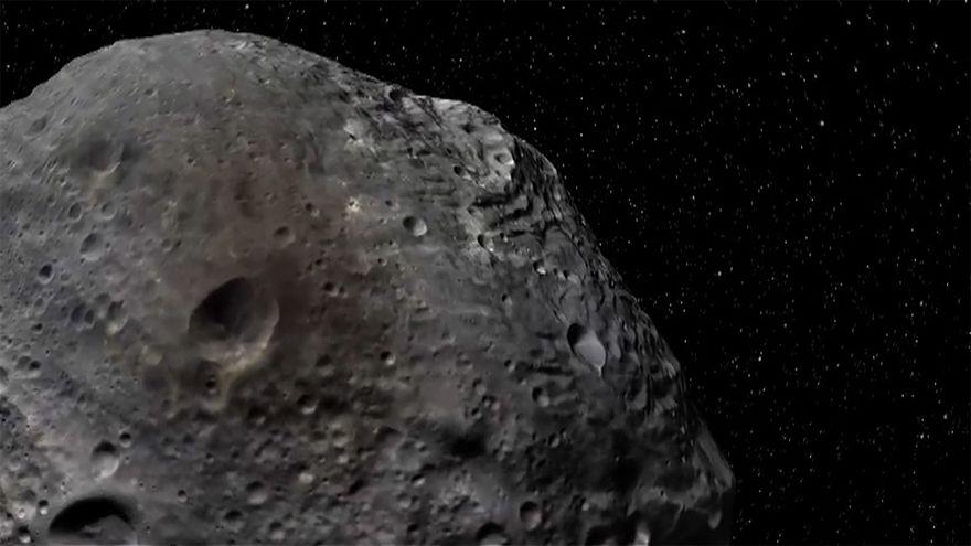 ماذا لو سقط كويكب على الأرض… وكيف يمكن للعلماء تجنب مثل هذه الكارثة؟