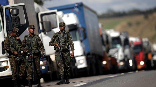 Camionista morre durante protesto no Brasil