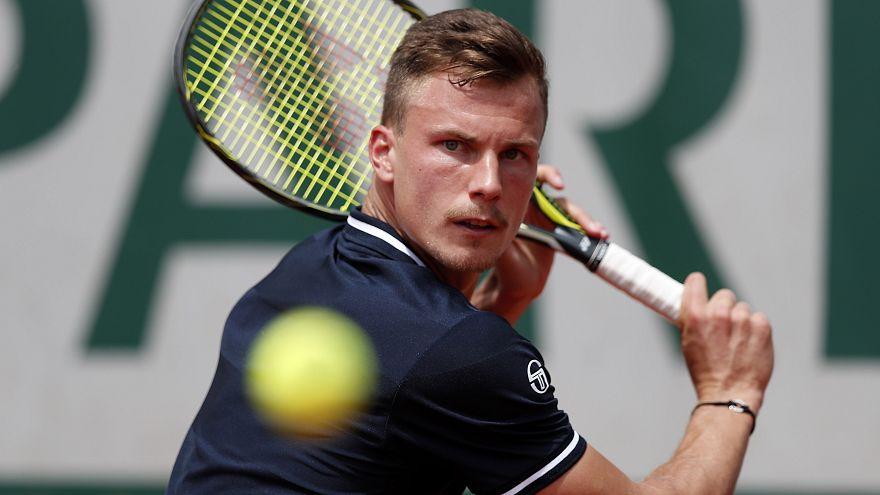 Roland Garros: Fucsovics kiesett