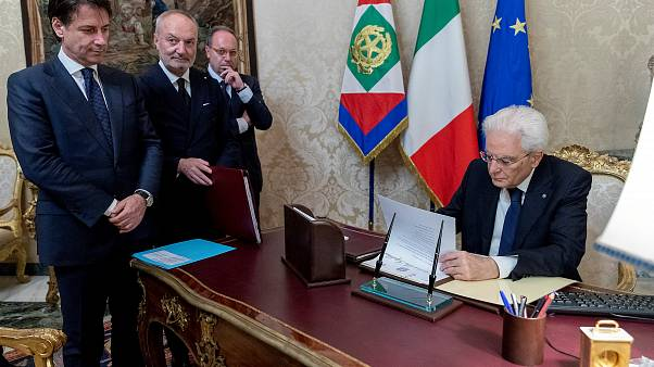 New Italian government readies for power