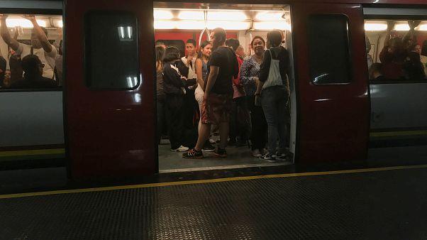 مترو كراكاس مجاني بسبب نفاذ التذاكر
