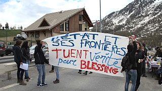 المهاجرون يتحدون جبال الألب الفرنسية