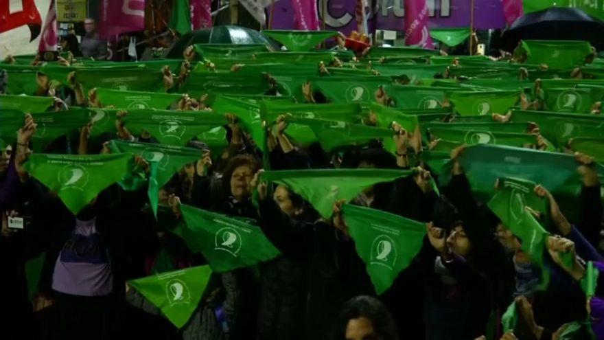 Buenos Aires: Frauen in Grün für Abtreibung
