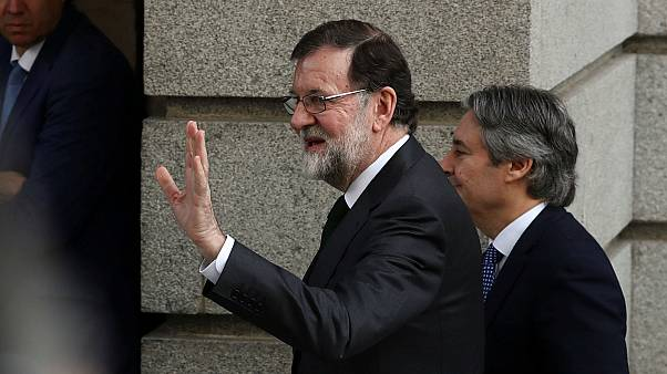 Spain's Rajoy ousted in no-confidence vote, Pedro Sánchez of socialist party to become new PM