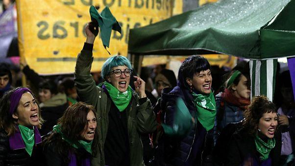 آیا قوانین سقط جنین آرژانتین از ایرلند پیروی خواهد کرد؟
