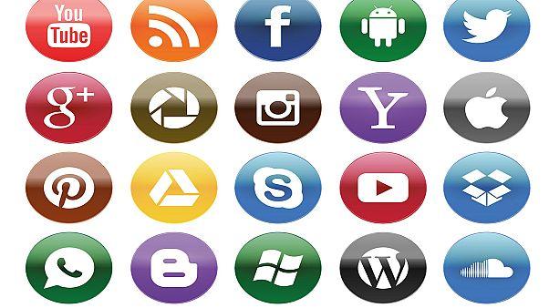 YouTube, Instagram και Snapchat στις προτιμήσεις των εφήβων και όχι το Facebook!