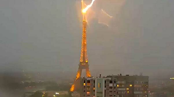 Lightning strikes Eiffel Tower, Sydney disappears in smoke — No Comments of the week