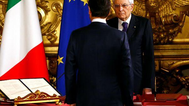 أول حكومة شعبوية إيطالية مناهضة للمؤسسة الأوروبية تقسم اليمين