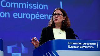 Comissária Europeia Comércio Cecilia Malmstrom em conferência de imprensa