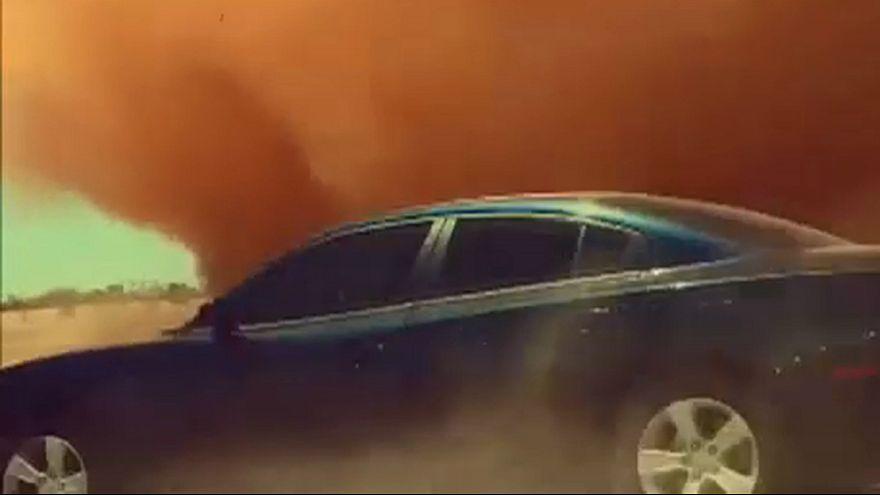گردباد سهمگین در تعقیب خودرو