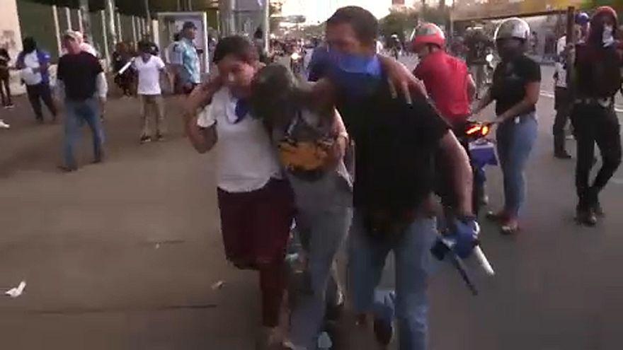 Tiltakozás, halottak és sebesültek Nicaraguában