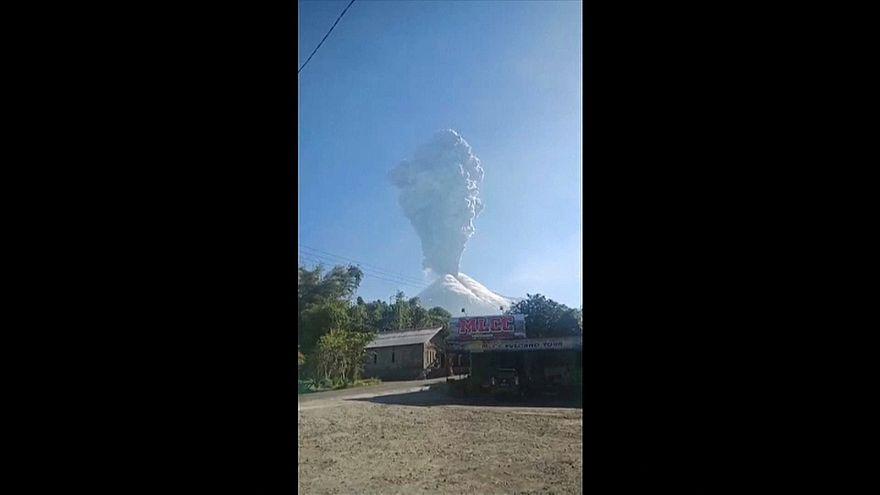 Alerta vermelho na Indonésia por causa do vulcão Merapi