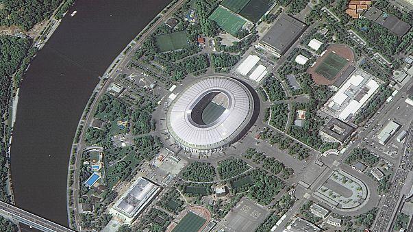 Estádio Luzhniki, palco do jogo de estreia do Mundial, viosto do espaço