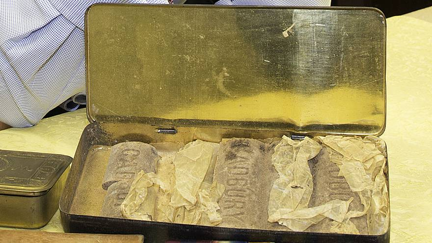 103-year-old chocolate found in WW1 soldier's tin box