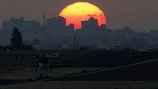 مشهد غروب في غزة