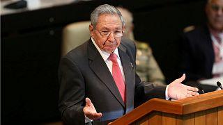 الرئيس الكوبي السابق راؤول كاسترو يتحدث خلال الجمعية الوطنية في هافانا