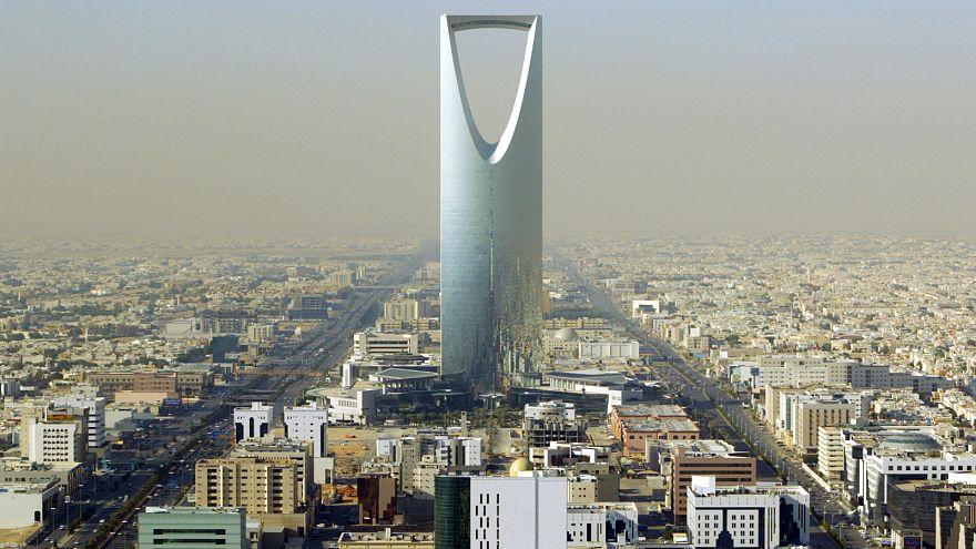 السعودية تفرج مؤقتاً عن ثمانية نشطاء منهم خمس نساء