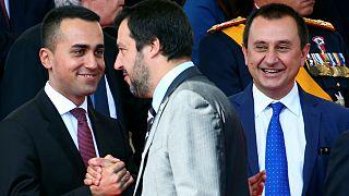 Di Maio com o líder do Liga, Matteo Salvini, novo ministro do Interior