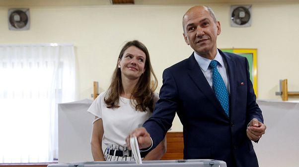 Slovenia polls open