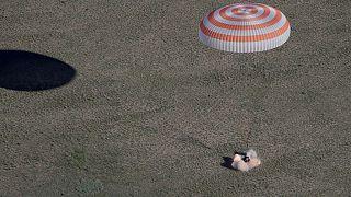فرود فضاپیمای سایوز