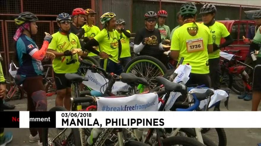 Cyclists in Philippines highlight the plight of plastic
