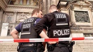 Aστυνομικά πυρά στον Καθεδρικό του Βερολίνου
