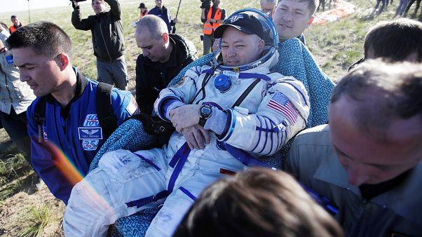 Retour sur terre pour trois astronautes