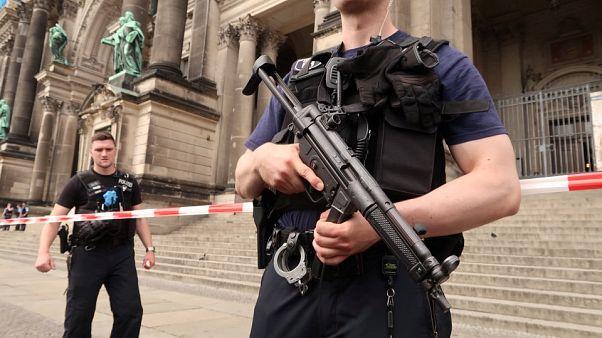 Dos heridos en un tiroteo en la catedral de Berlín
