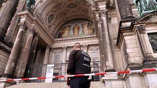 Germany: Police shoot 'rampaging' man at Berlin Cathedral