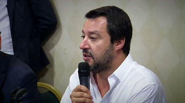 """Salvini dalla Sicilia: migranti,""""non c'è casa e lavoro per tutti"""""""