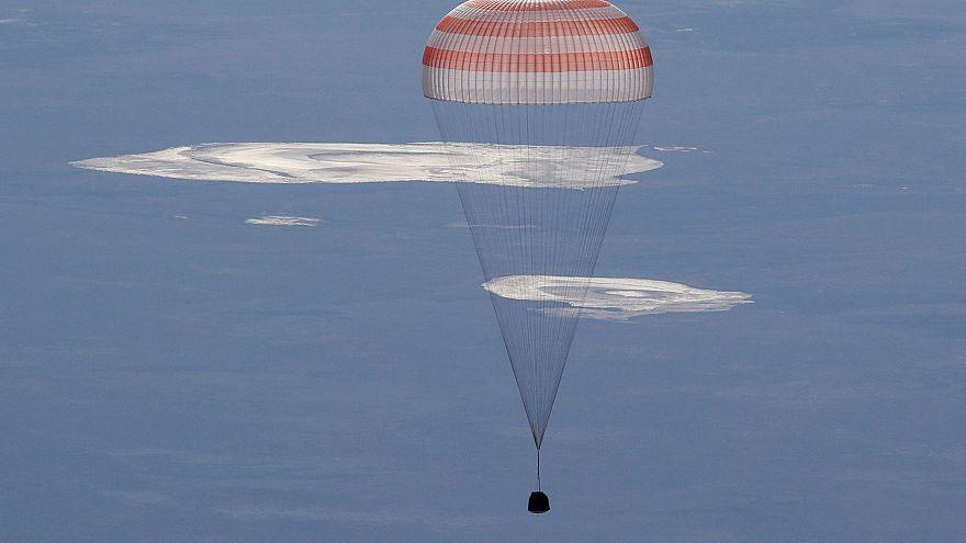 Raumfahrer landen und machen Platz für Astro-Alex