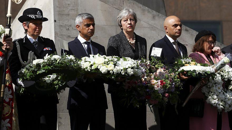 Londra Köprüsü'ndeki terör kurbanları törenle anıldı