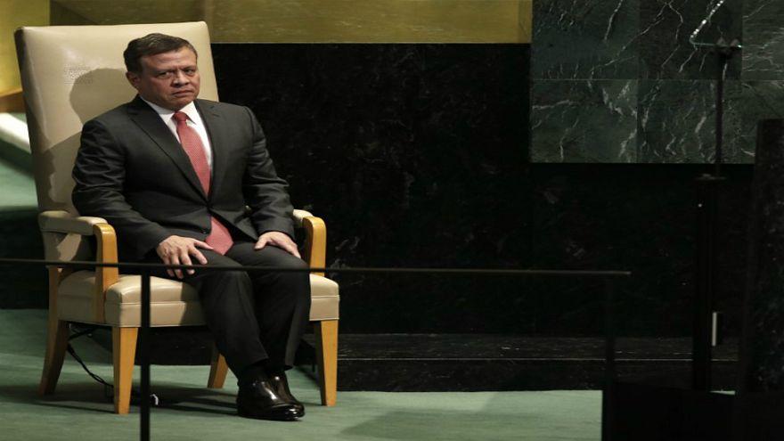توقعات باستقالة رئيس الوزراء الأردني بطلب من الملك عبد الله