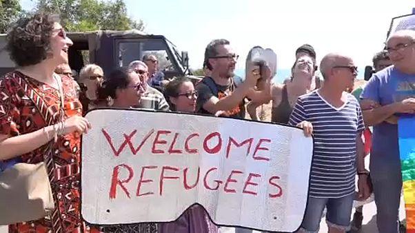 Σικελία: Διαδήλωση υπέρ προσφύγων - κατά Σαλβίνι