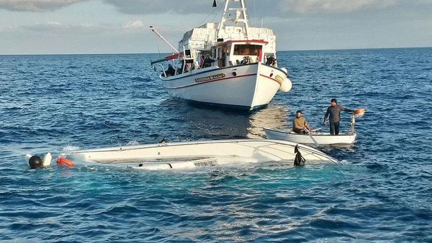 Akdeniz'de yeni bir facia: En az 48 kaçak göçmen hayatını kaybetti