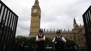 بريطانيا تعيد النظر في استراتيجيتها الأمنية لمواجهة تطور خطر المتشددين