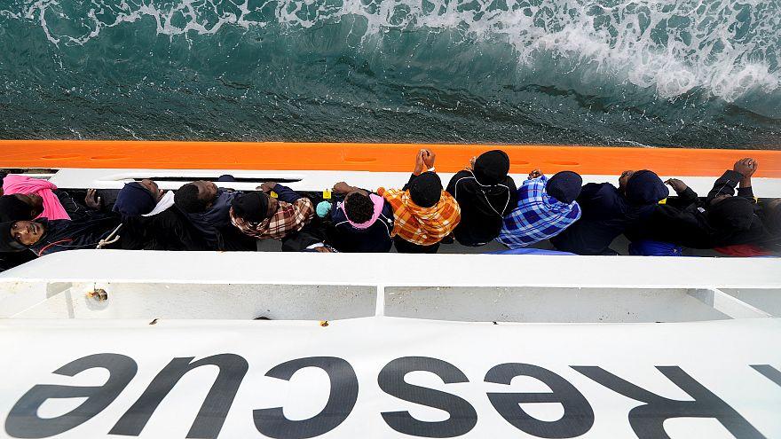 Menekültek Szicília partjainál, 2018. május 27.