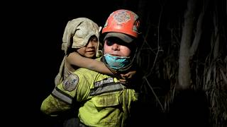 Forró salak és fullasztó hamufelhő pusztít Guatemalában