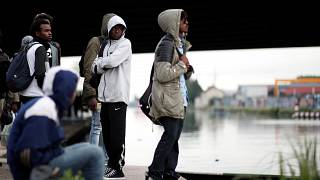Paris évacue des campements de migrants
