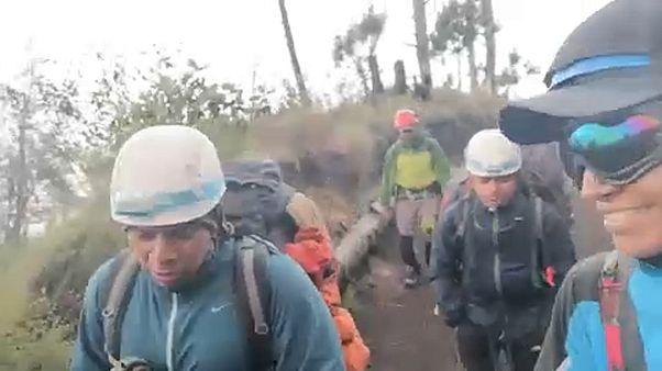 Guatemala: piroplasztikus kőzápor nehezíti a mentést