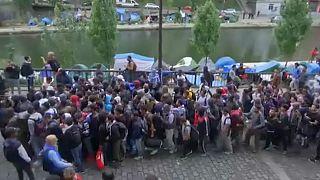 تخلیه دو مرکز دیگر تجمع مهاجران در پاریس
