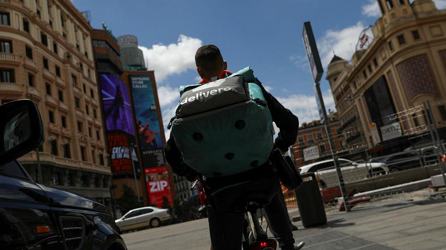 Judge rules against Deliveroo in landmark decision in Spain