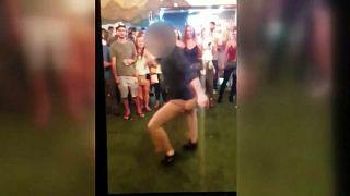 """شاهد: عميل """"إف بي آي"""" يكاد يقتل رجلاً بسبب الرقص!"""