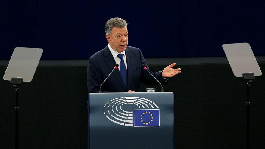 """Kolumbiai elnök: """"A békefolyamat visszafordíthatatlan!"""""""