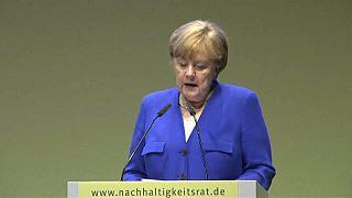 Меркель ответила Макрону