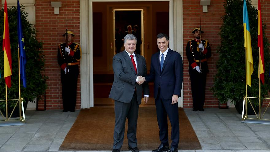 Sánchez recibe a Poroshenko en la Moncloa