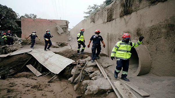 ارتفاع ضحايا ثوران بركان فويغو إلى 26 قتيلا