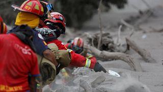 Le volcan de feu fait de nouvelles victimes au Guatemala